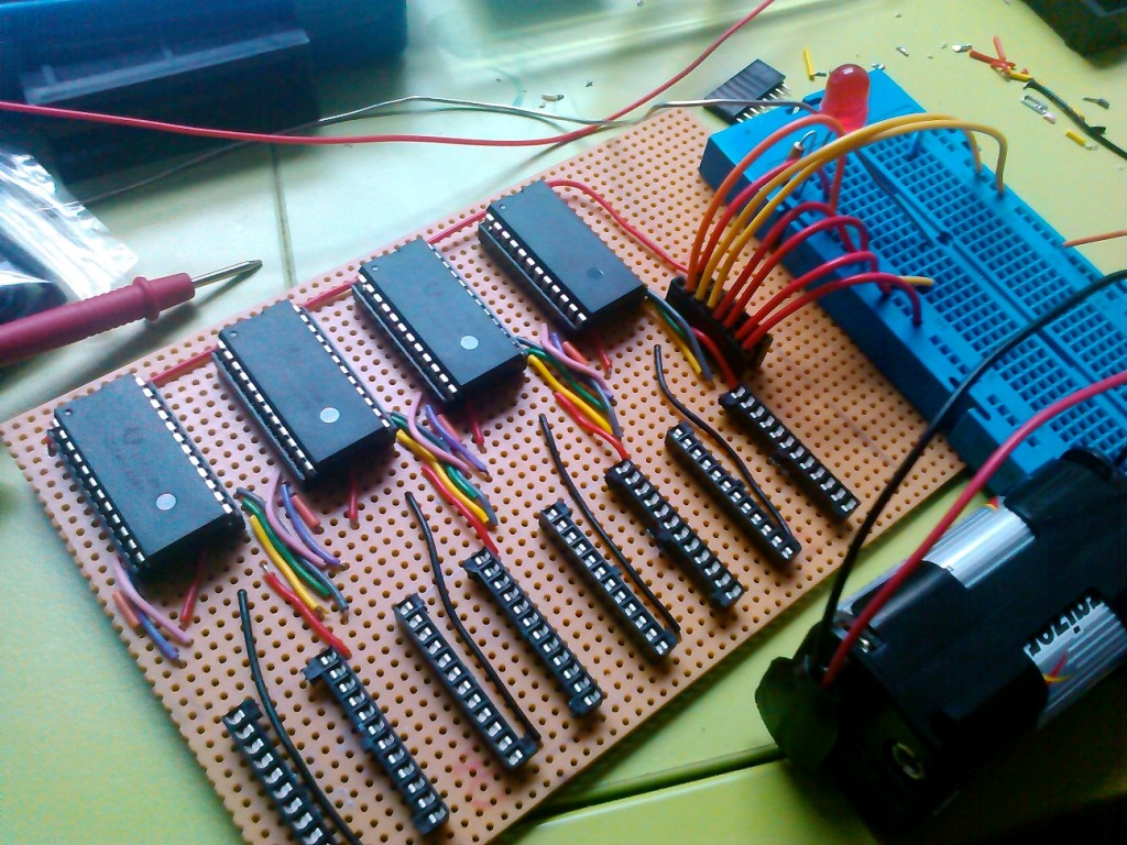 Testing the first 4 bits on the breadboard